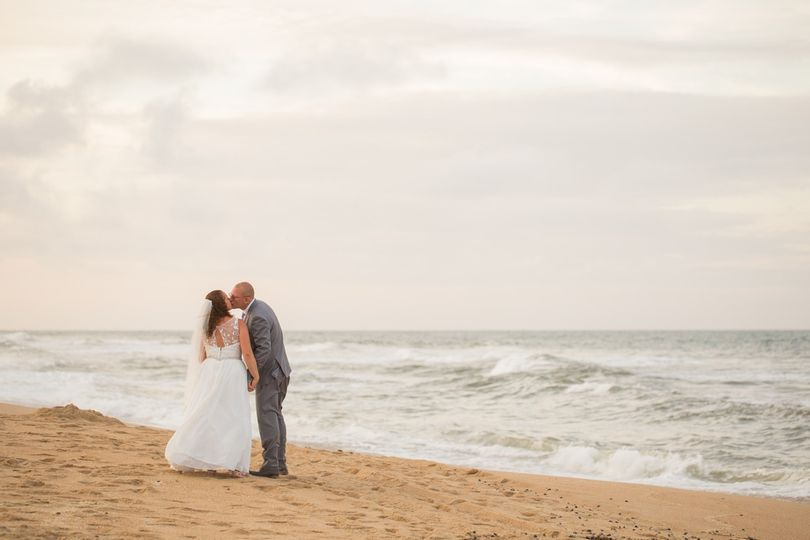 outer banks wedding obx ceremony obx photography Ryan and Rach Photography